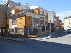 CHALET INDEPENDIENTE DE 340 M2 APROX, ZONA MERCADONA